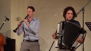 Di Gasn Trio - Mit Der Lerrer Live