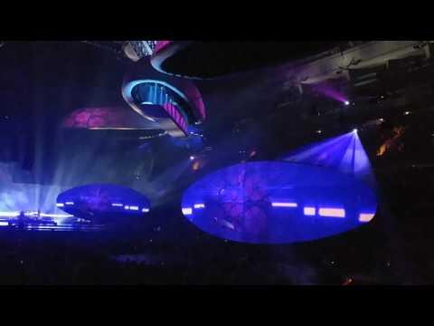 Lady Gaga - Angel Down - Amazing Setup!!! - Joanne World Tour 2017 - Vancouver August 1st