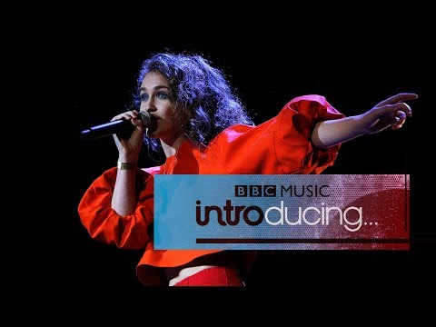 Rae Morris - Do It (BBC Music Introducing Live)