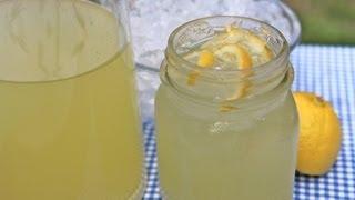 Easy Homemade Lemonade Recipe - Old Fashioned