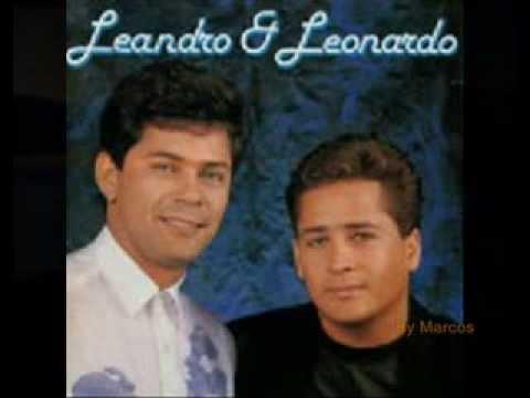 Baixar Leandro e Leonardo - Me Dê Um Sinal
