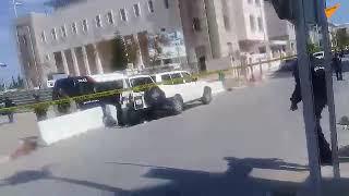 اللقطات الأولى لموقع التفجير الانتحاري قرب السفارة ...