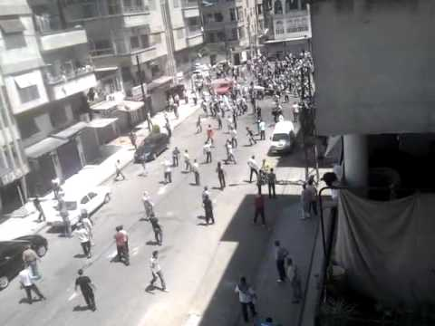 Syrian Security Forces Shoots People (1-7-2011).mp4