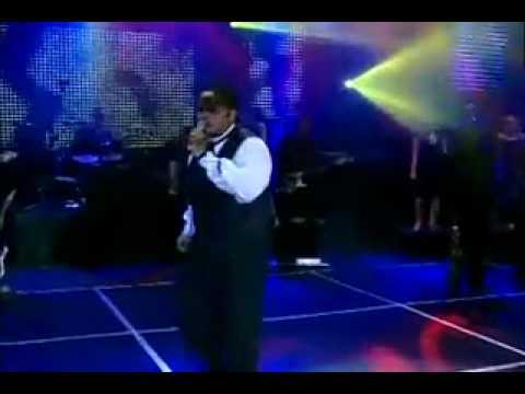 Baixar VAROA DE ROUPÃO - Fogo No Pé (letra e vídeo).flv