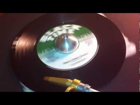 Baixar Dub Brown - Beat Dem Down (Black Time Records - 2012)