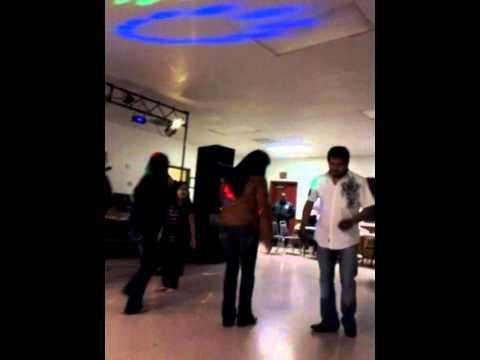 Bailando Huapango Con Flama Hidalguense