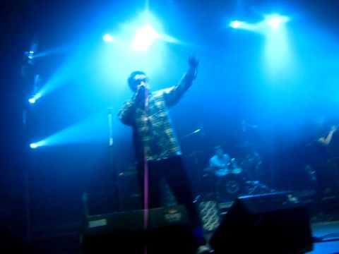 Кирпичи-Давай микрофон