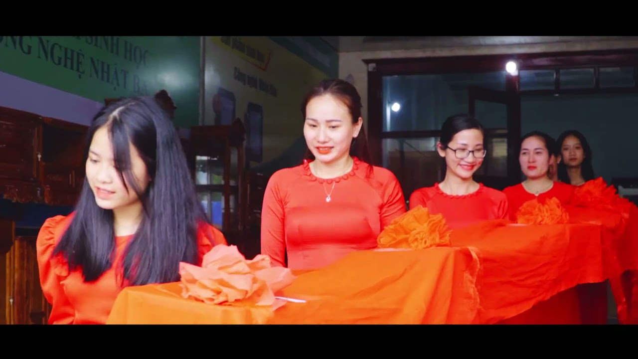 TƯNG BỪNG KHAI TRƯƠNG HỒNG THÁI MP-MART