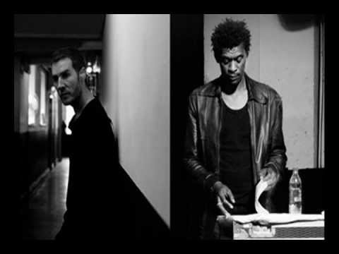 MASSIVE ATTACK-Teardrop (VIRGIN MAGNETIC MATERIAL REMIX)