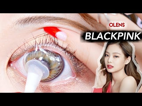 Trying on BLACKPINK CONTACTS with SUCTION TOOL!!