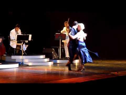 MILONGUEANDO EN EL 40 ( JAPAN TOUR ) 2012