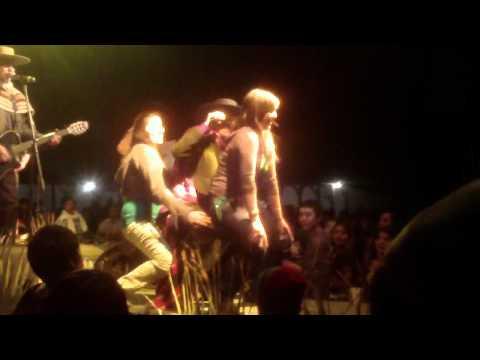 como se mata el gusano festival veraniego ex fundo de la punta 2011.MP4