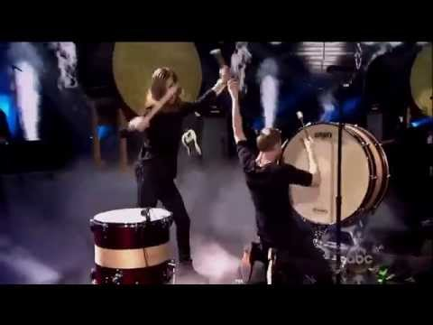 Imagine Dragons - Radioactive Drum Solo - Guitar Solo Live at AMA American Music Awards