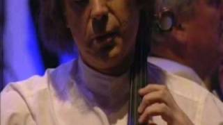 Julian Lloyd Webber plays The Swan by Saint Saens