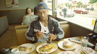Full Day of Eating | Chris Bumstead | 10,000 Calorie Cheat Day After The 2017 Olympia