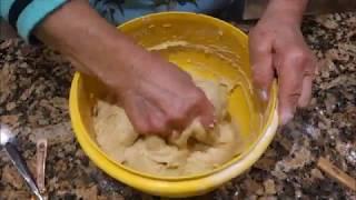 Italian Grandma Makes Cinnamon Cake