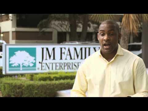 Career Spotlight - Financial Analyst