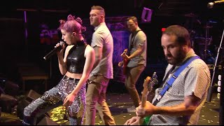 """APMAs 2015: New Found Glory perform """"Vicious Love"""" with Hayley Williams [FULL HD]"""