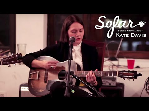 Kate Davis - Battle Scars   Sofar NYC