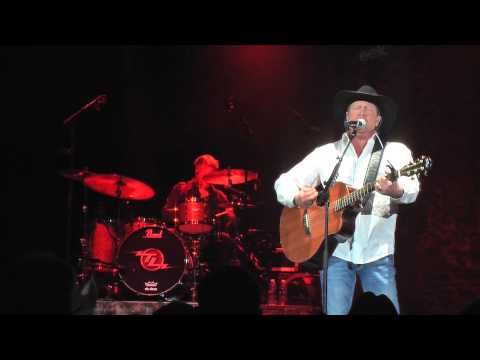 Front Row Friday: Tracy Lawrence - Used To The Pain