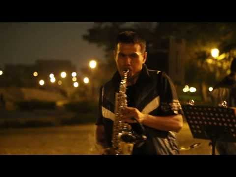 超紅樂團--小魏-薩克斯風演奏---雨的旋律