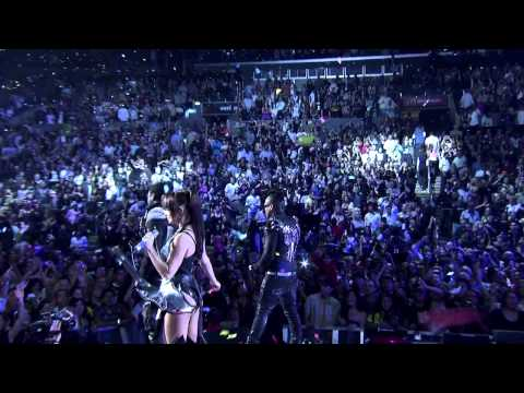 Black Eyed Peas @ Staples Center (HD) - I Gotta Feeling