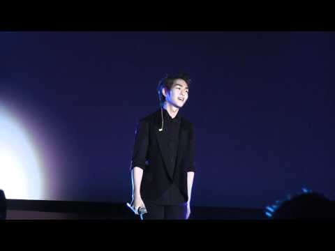 [11.11.03] SHINee In London - 03 The Road To Me (Onew Solo)