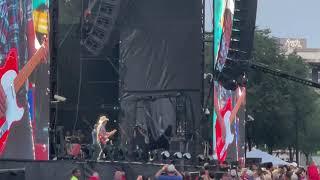 Brad Paisley Downtown Nashville Concert. Great show