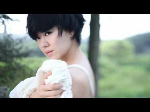 郁可唯 Yu Kewei - 我的心给了你  首专《蓝短裤》Track 08