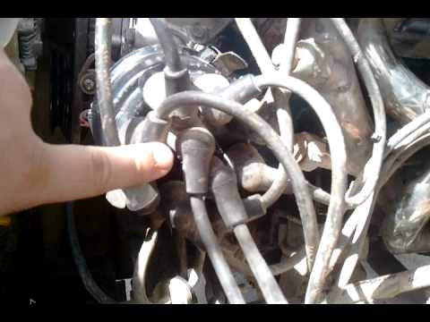 distributor cap alignment n spark plug wire order youtube. Black Bedroom Furniture Sets. Home Design Ideas