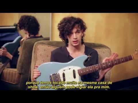 Matthew Healy fala sobre Fender Mustangs (Legendado - PT)