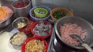 Quán mì xào giòn AKE lâu đời ở chợ Gò Vấp, Sài Gòn- Guufood