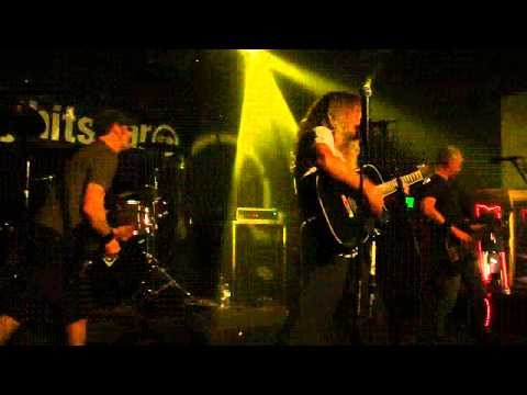 Boy Hits Car - erifsievol (live) 11-18-11 at Martini Ranch in Scottsdale, AZ