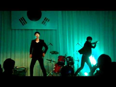 Korean high school students' SHINee-Lucifer dance cover.