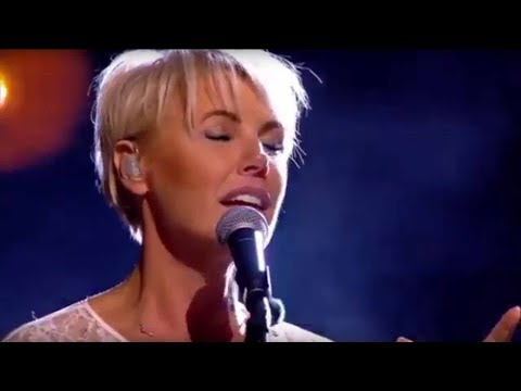 One Moment In Time - Dana Winner (live) - English-Vietnamese lyrics