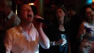 Bekijk video 2 van Top Bottom DJ and Vocals op YouTube