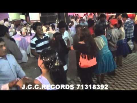 GRUPO ELEGANCIA EN VIVO - CARNAVAL SUCREÑO (ZAPATEO)
