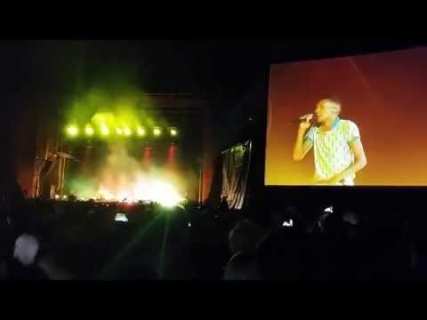 Baixar Stromae - Papaoutai (live @ EXIT 2014)
