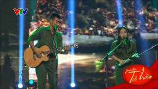 Truongson Dong - Truongson Tay (a duet by Ta Quang Thang and Thuy Chi)