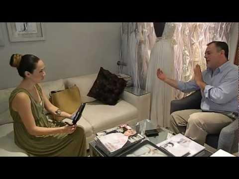 En entrevista con el diseñador de moda tapatio Alberto Rodriguez