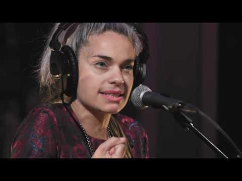 Fémina - Mi Eje (Live on KEXP)