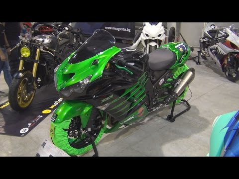 Kawasaki ZZR Hulk Tuned Exterior and Interior in 3D