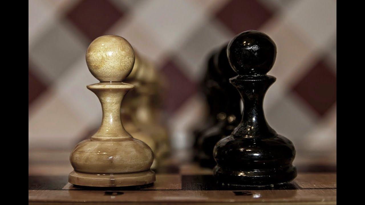 шахматная-доска-компьютер