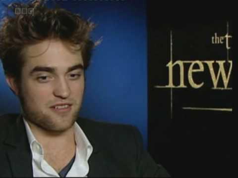 Забавно интервју со ѕвездите на Twilight