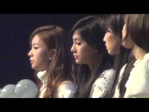 20131229 A-PINK Watching INFINITE @ SBS Gayo Daejun