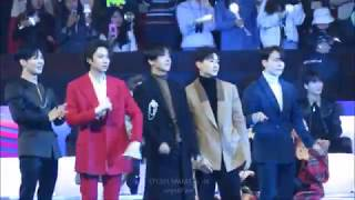 171201 MAMA in HK - Fanboys SUJU & Taemin React to EXO's Power