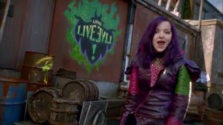 Chanson: Rotten to the Core | Descendants | Disney Channel BE