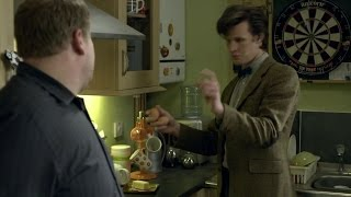 Doctor Who - The Lodger - The Doctor makes an omlette