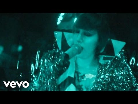 Yeah Yeah Yeahs - Down Boy (Live at The Filmore S.F.) (Edit)