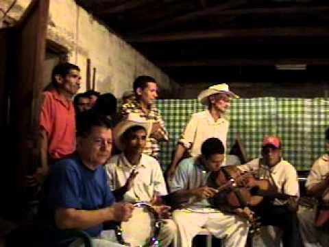 conjunto de Magdalena Intibuca, corrido al Bo El castaño, Don Salomon cantando